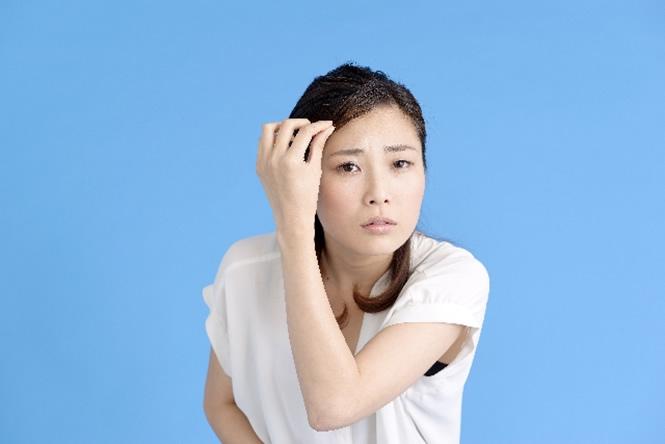 usu 035 01 女性の薄毛「休止期脱毛症」ってなに?症状と主な原因
