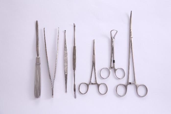 usu 080 03 円形脱毛症と区別しにくい脱毛症は、どう診断する?