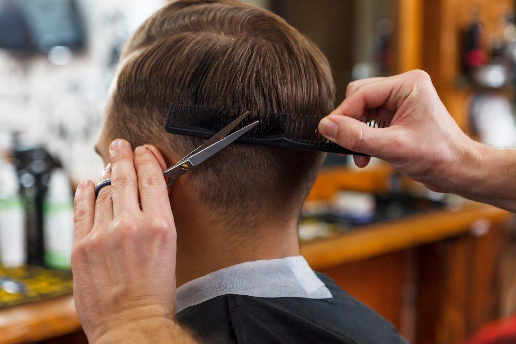 e8a1ba282cebccbe28b44a1540f0a1ca m 1024x683 いい理美容店はどう探す?大切な髪を任せられるかどうかの見極め