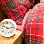 薄毛予防に夜更かしは厳禁!遅くとも0時前の就寝を!