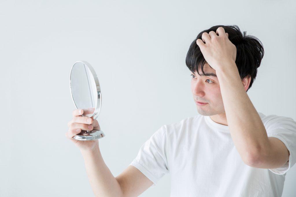 52105d8c3ecbfa60512ae9f236e0f1b4 m 1024x683 植毛や増毛のリスクとは?行う前に知っておきたい髪への影響