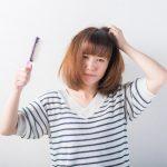 女性の抜け毛、病気が原因かも?抜け毛を誘発する病気とは?